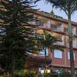 Pokój dwuosobowy typu Deluxe, balkon, widok na miasto - Fasada hotelu