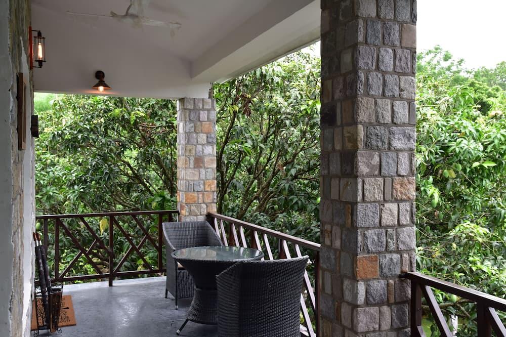 Premier Hideaway Rooms - Balcony
