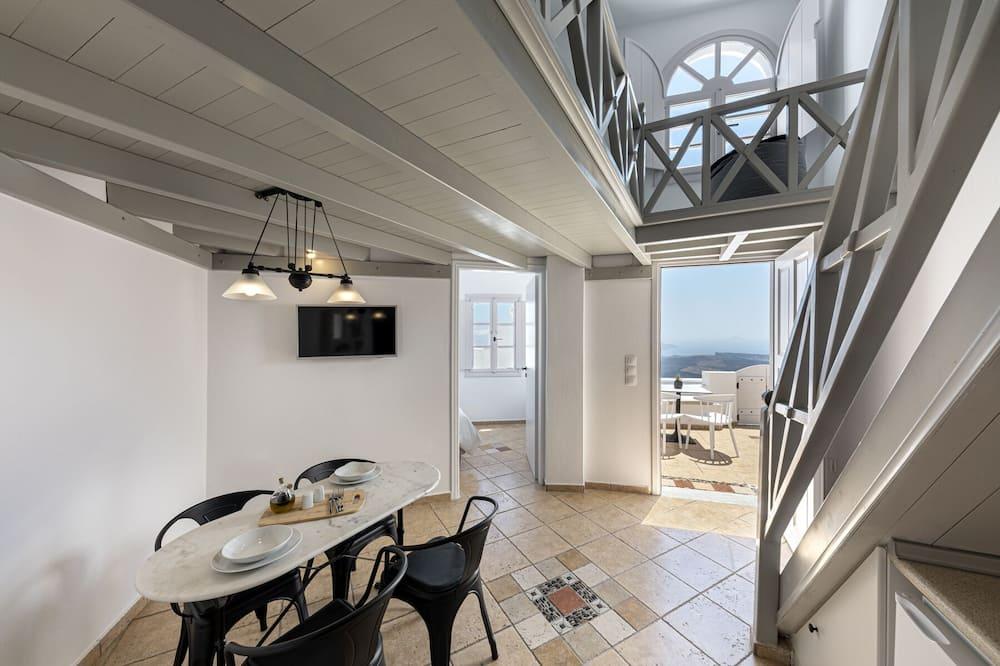 Suite – panoramic, 1 soverom, utsikt mot sjø - Oppholdsområde