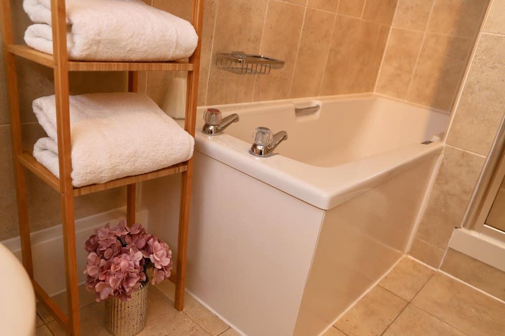 Rekreačná chata, súkromná kúpeľňa (Bakers Cottage) - Kúpeľňa