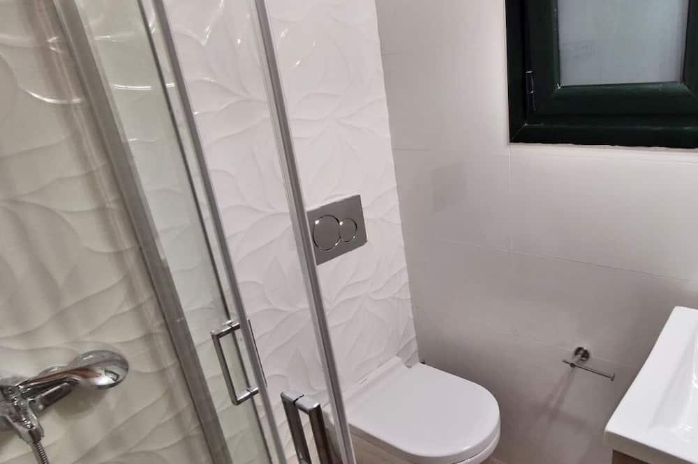 全景公寓 - 浴室