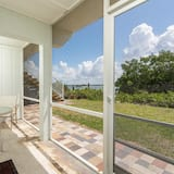 House, 4 Bedrooms, Bay View - Balcony