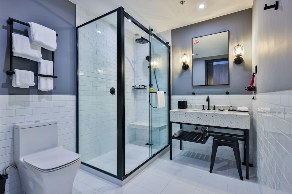 City-Zimmer, 1King-Bett, Nichtraucher, Stadtblick - Badezimmer