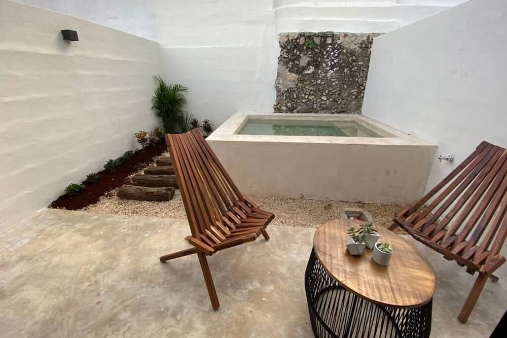 Standard Double Room, 2 Queen Beds, Private Pool - Private pool
