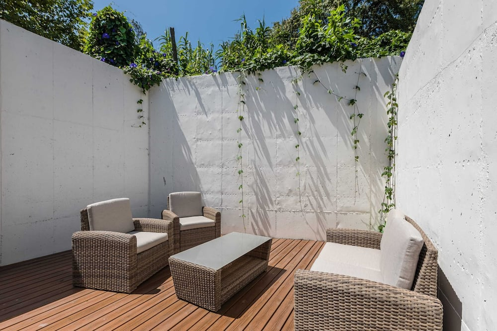 Basic studio apartman, 1 bračni krevet i kauč na rasklapanje - Balkon