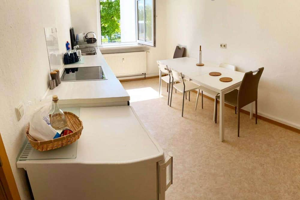 Lz01 Schöne Monteurwohnung, Zentrumsnah mit TV & Wlan