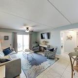 Exceptional Vacation Home In Orange Beach 2 Bedroom Condo