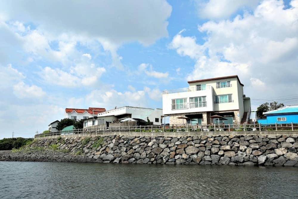 Seogwipo Hesede House Pension