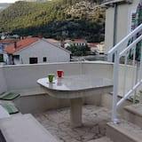 Studija (Studio Apartment with Terrace) - Terasa / vidinis kiemas