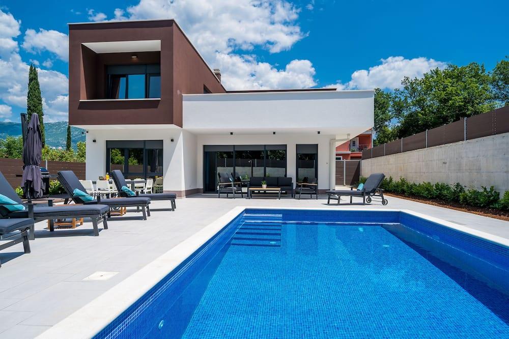 別墅 (Three Bedroom Villa with Pool) - 游泳池