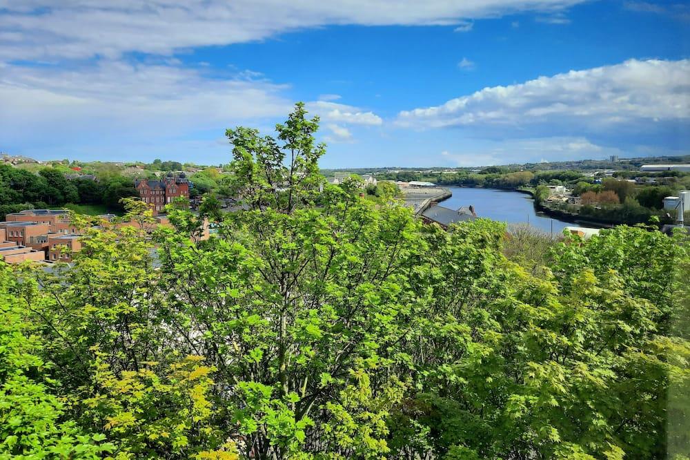 Week2Week Hosted Ouseburn River Views