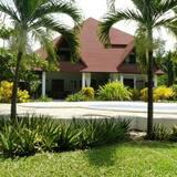 Luxury Villa - Öne Çıkan Resim