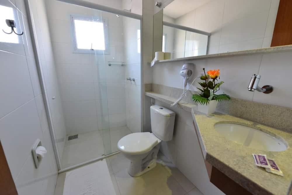 Pokój z 2 pojedynczymi łóżkami typu Basic, 2 łóżka pojedyncze - Łazienka