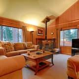 The Bernstein Bear Cabin