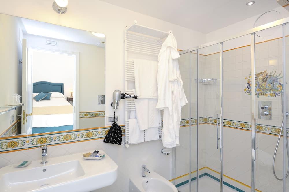 Pokoj Junior s dvojlůžkem - Koupelna