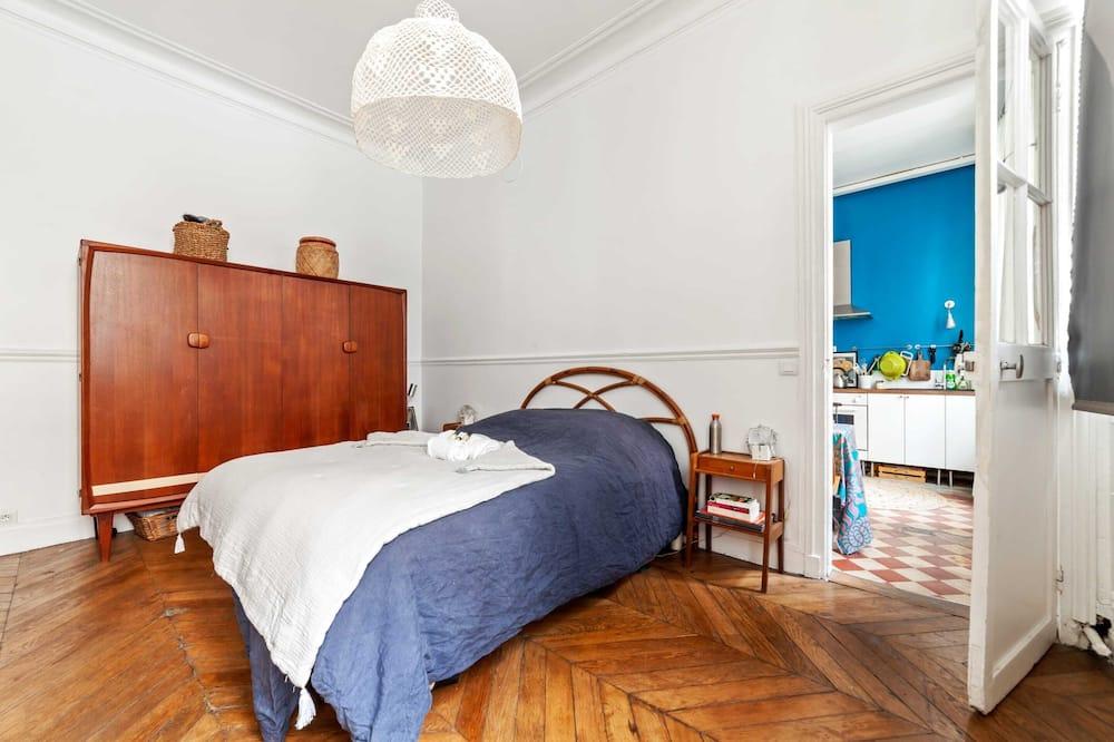 เบสิกอพาร์ทเมนท์, เตียงใหญ่ 1 เตียง - ห้องพัก