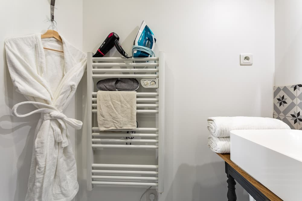 アパートメント エンスイート コートヤードビュー - バスルーム