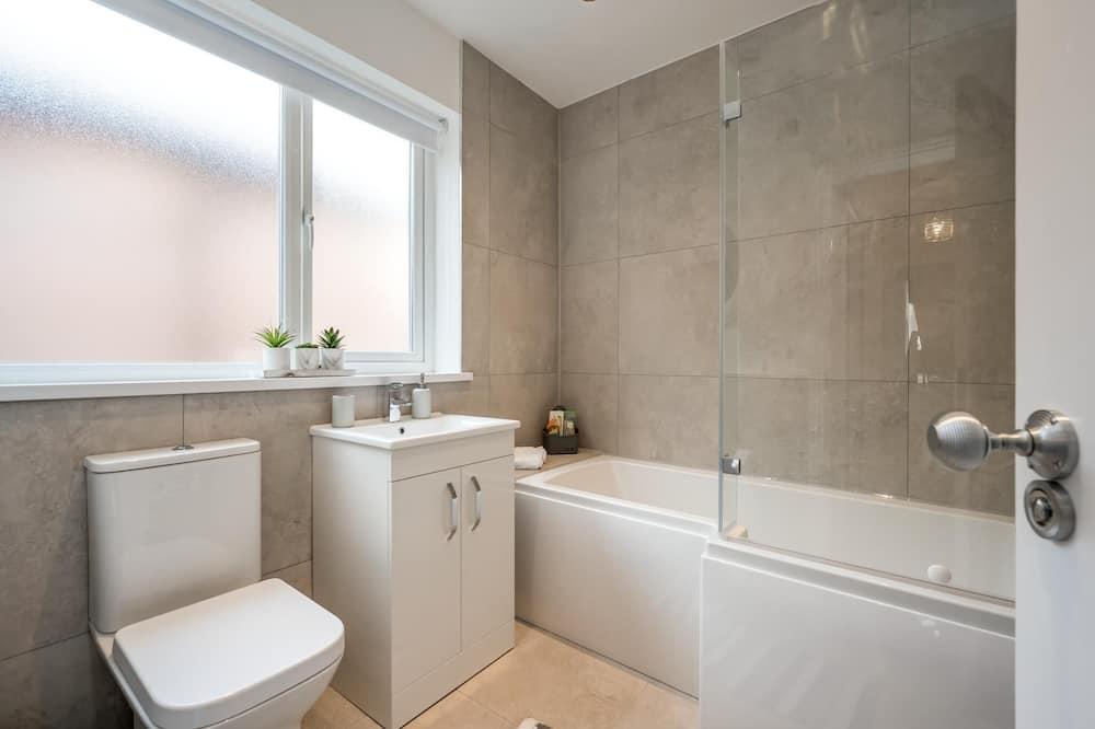 บ้านพักลักซ์ชัวรี่, ห้องน้ำส่วนตัว (The Granary) - ห้องน้ำ