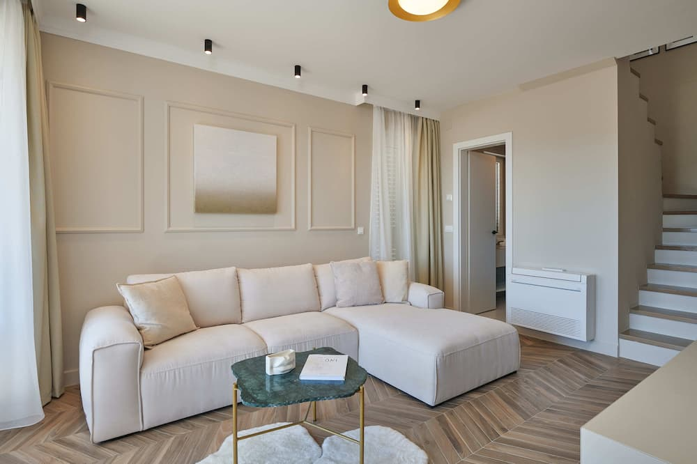Leilighet (Two Bedroom Apartment with Terrace) - Stue