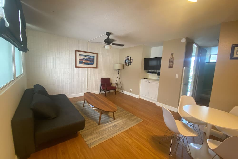 Exceptional Vacation Home In Honolulu 1 Bedroom Hotel Room