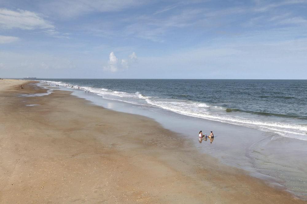 Condo, Multiple Beds (Lazi Seahorse) - Beach