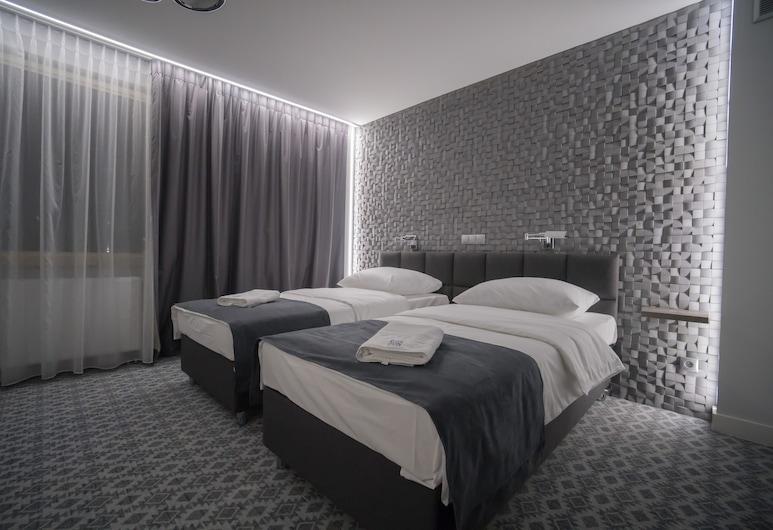 Gordon Hotel, Varsovia, Habitación triple ejecutiva, Habitación