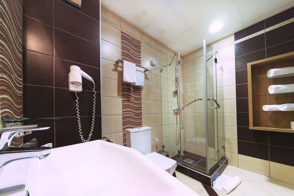 Classic İki Ayrı Yataklı Oda, 1 Yatak Odası, Sigara İçilebilir, Park Manzaralı - Banyo
