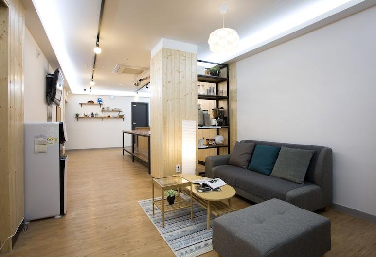 24guesthouse Sinchon, Seoul
