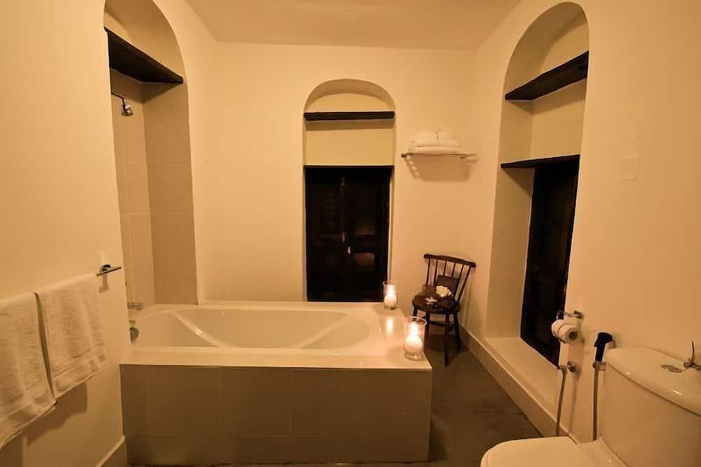 Suite Senior (Sulaima) - Baño