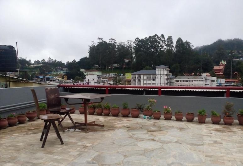 Hotel Preethi Palace, Ooty, Balkon
