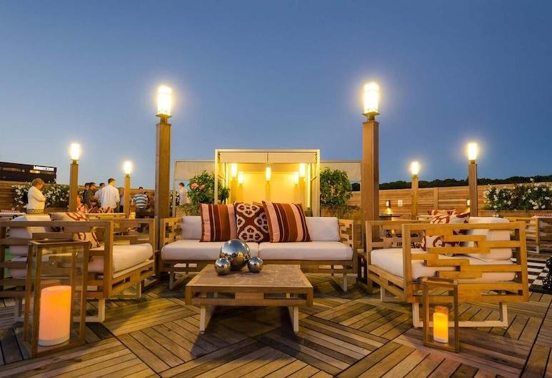 Hotel Zero Degrees Norwalk, Norwalk, Terraza o patio