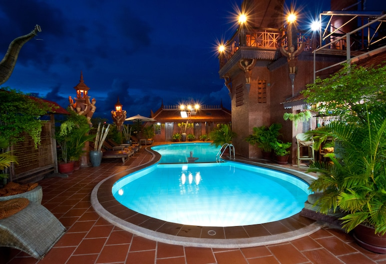 Okay 1 Villa, Siemreabas, Baseinas ant stogo