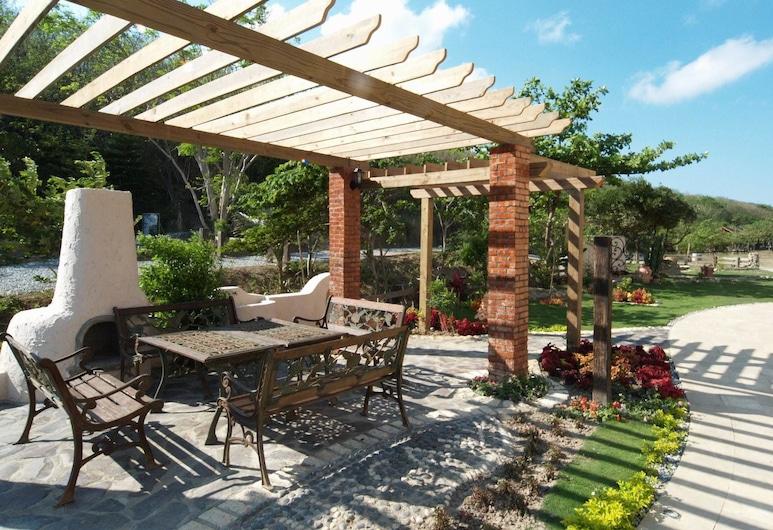 托斯卡尼渡假莊園, 恆春鎮, 飯店入口