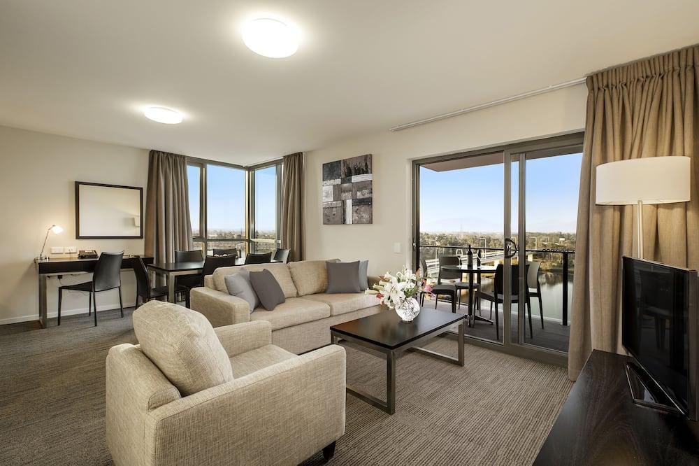อพาร์ทเมนท์, 2 ห้องนอน, ระเบียง, วิวแม่น้ำ - ห้องนั่งเล่น