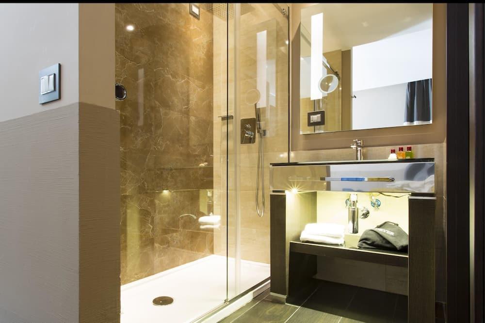 Superior Büyük Yataklı Tek Kişilik Oda - Banyo