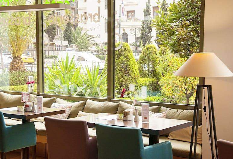 Athinais Hotel, Athens, Hotel Bar