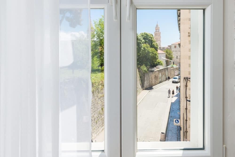 Luxury Studio Suite  - City View