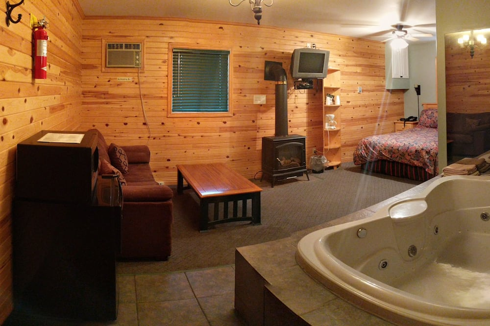 豪華套房, 1 張加大雙人床, 按摩浴缸 - 客房