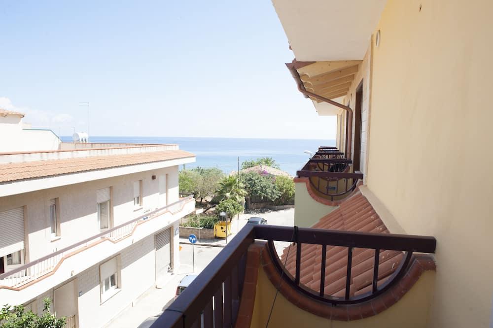 Superior Triple Room - Balcony