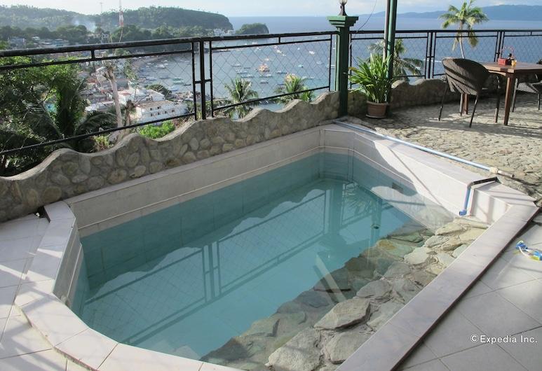 Dream Hill Condos & Spa, Puerto Galera, Outdoor Pool