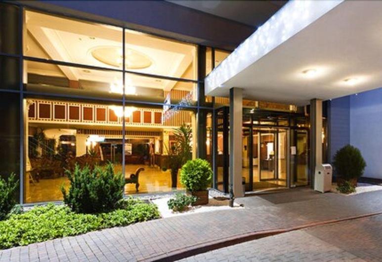 Hotel Jasek, Вроцлав, Вход в отель