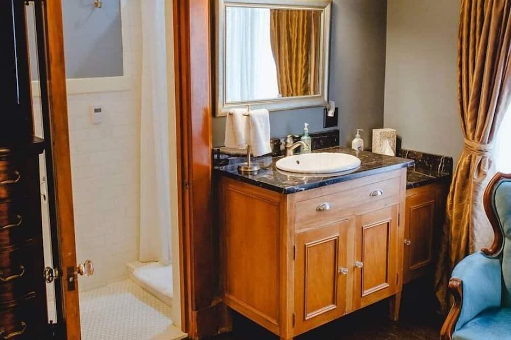 Quarto Duplo Superior, Casa de Banho Privativa (SIR CHARLES) - Casa de banho