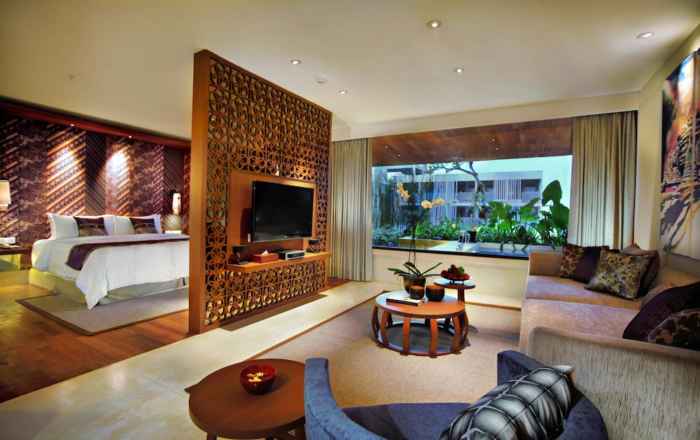 Book four points by sheraton bali seminyak in seminyak for Bali indonesia hotels 5 star