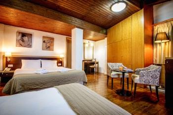 Picture of Iraklion Hotel in Heraklion