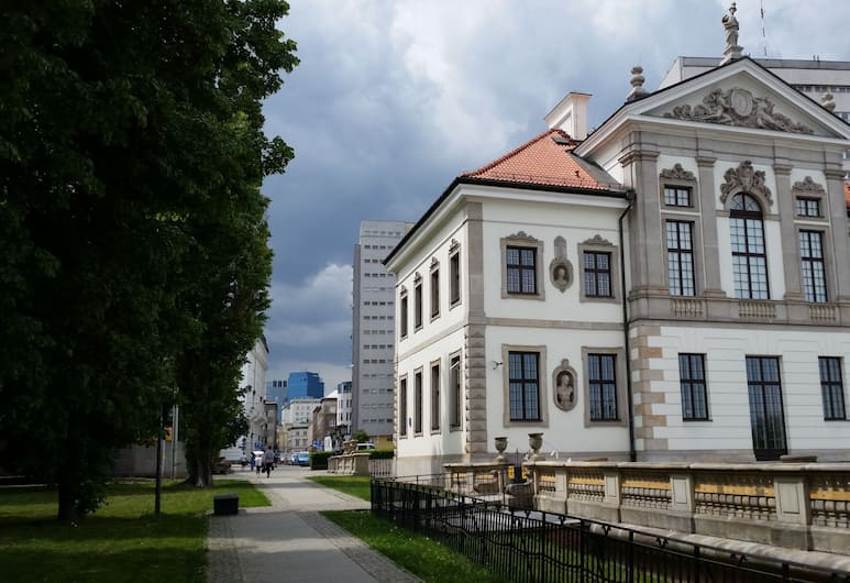 Studio Copernicus, Varsova, Puutarha