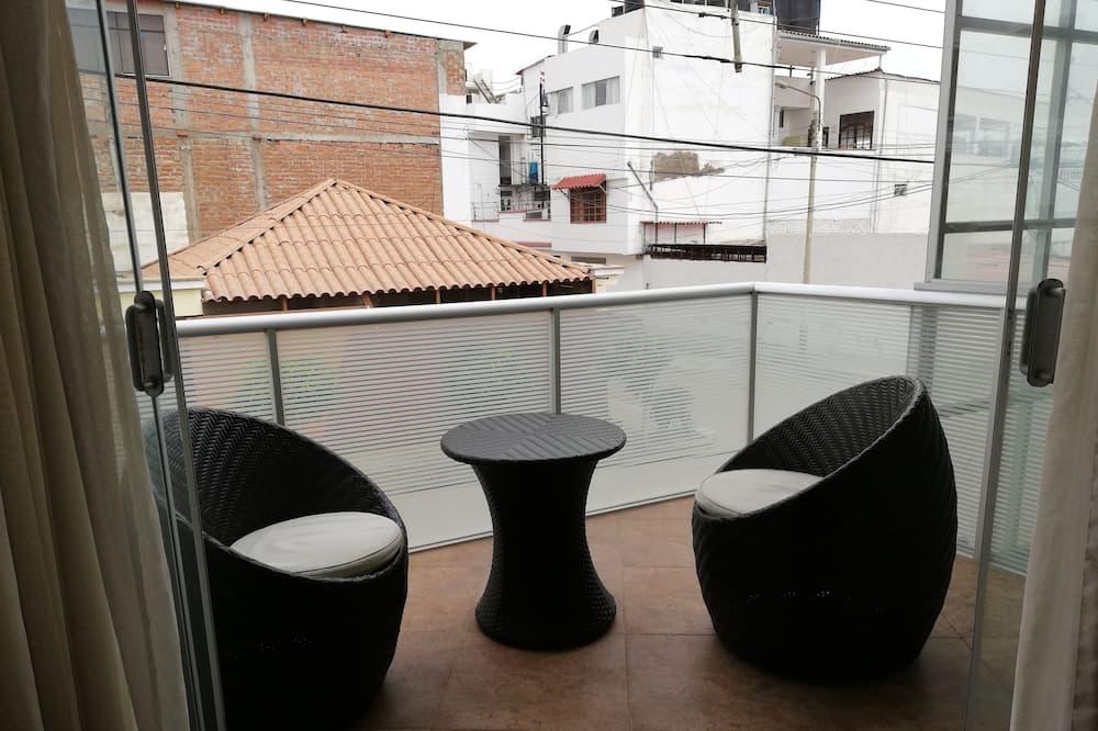 Numeris - Balkonas