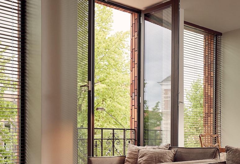 Hotel Miss Blanche , Groningen, Svit Executive - 1 queensize-säng - utsikt mot kanalen, Vardagsrum