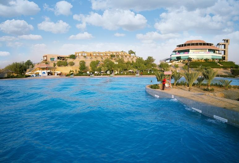 Dreamworld Resort, Hotel & Golf Course, Karachi, Piscina al aire libre