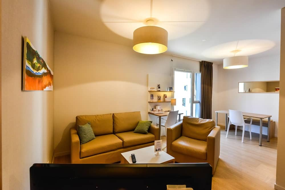 Comfort Studio, 1 King Bed with Sofa bed (4 People) - Living Area