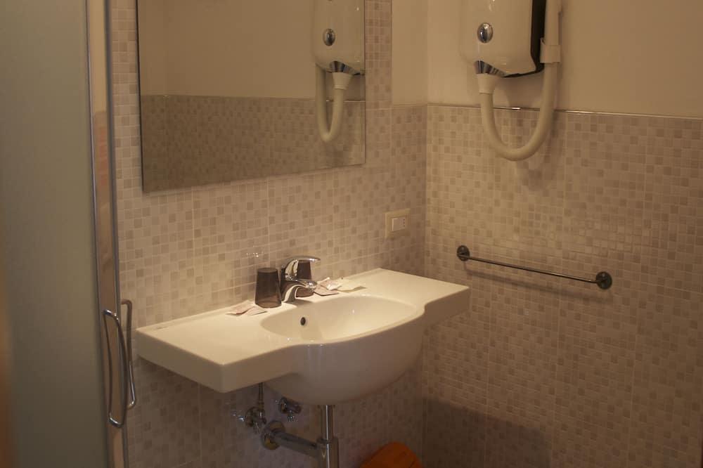 Kahden hengen huone, Parveke, Merinäköala - Kylpyhuone
